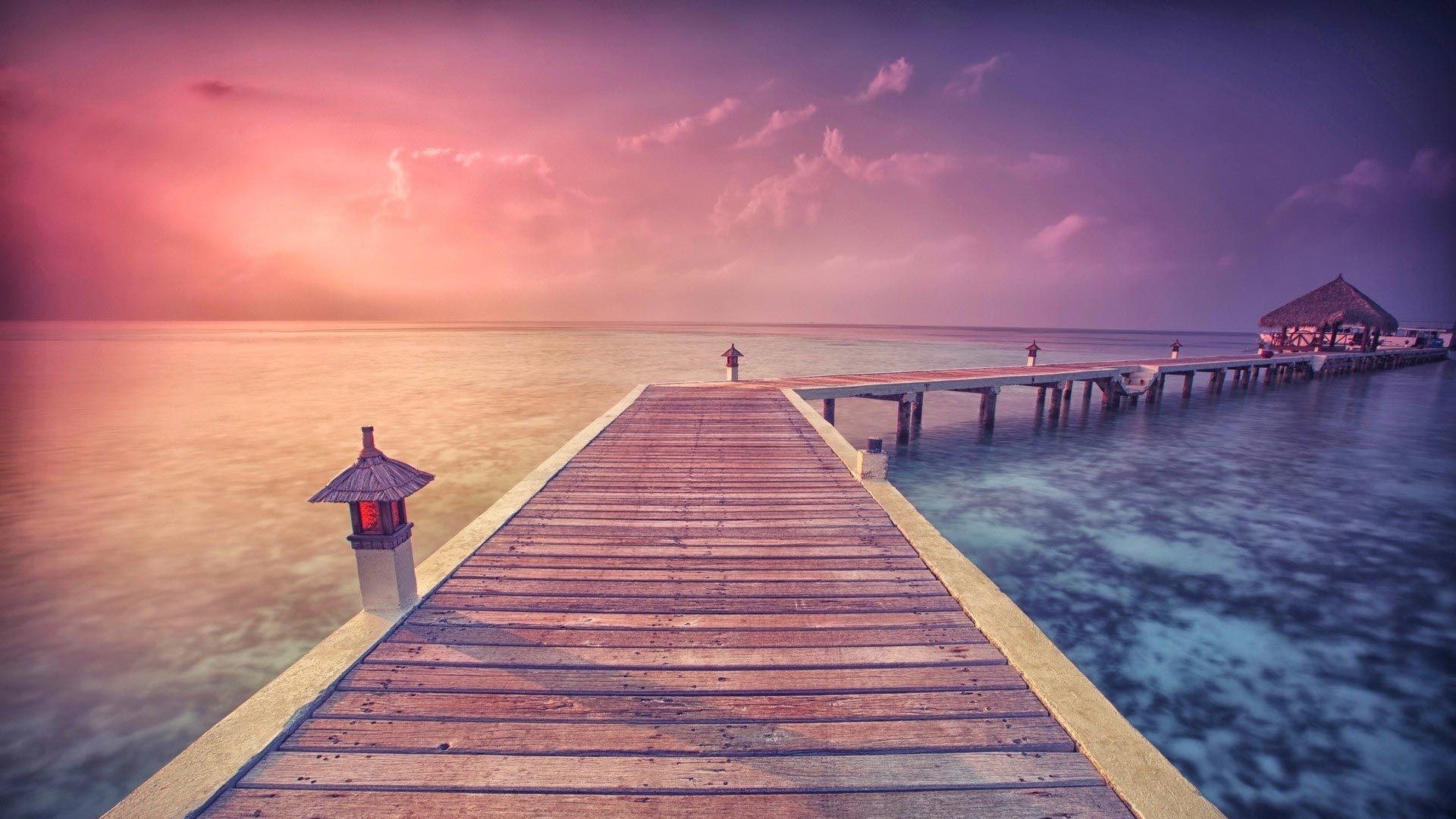 Pier Perspective Theme For Windows 10 8 7