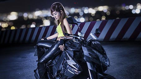 girls-bikes-background