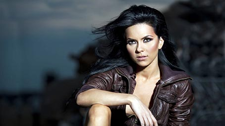 inna-background