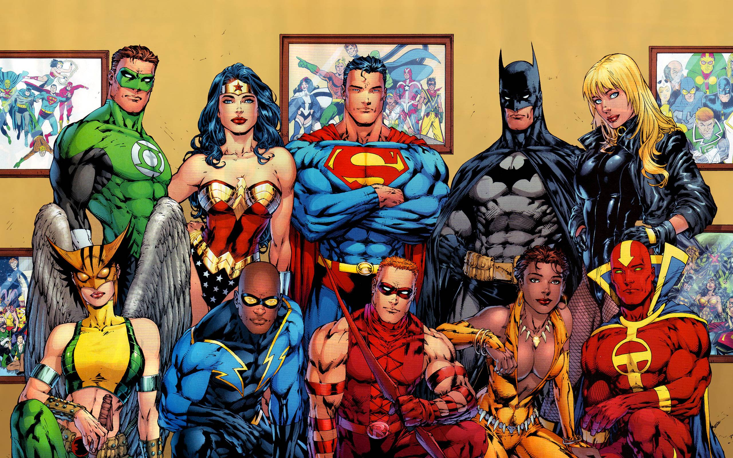 Batman Wonder Woman Green Lantern Flash And Arrow To Mention A Few Amazing Art Work By Alex Ross Some The Late Michael Turner