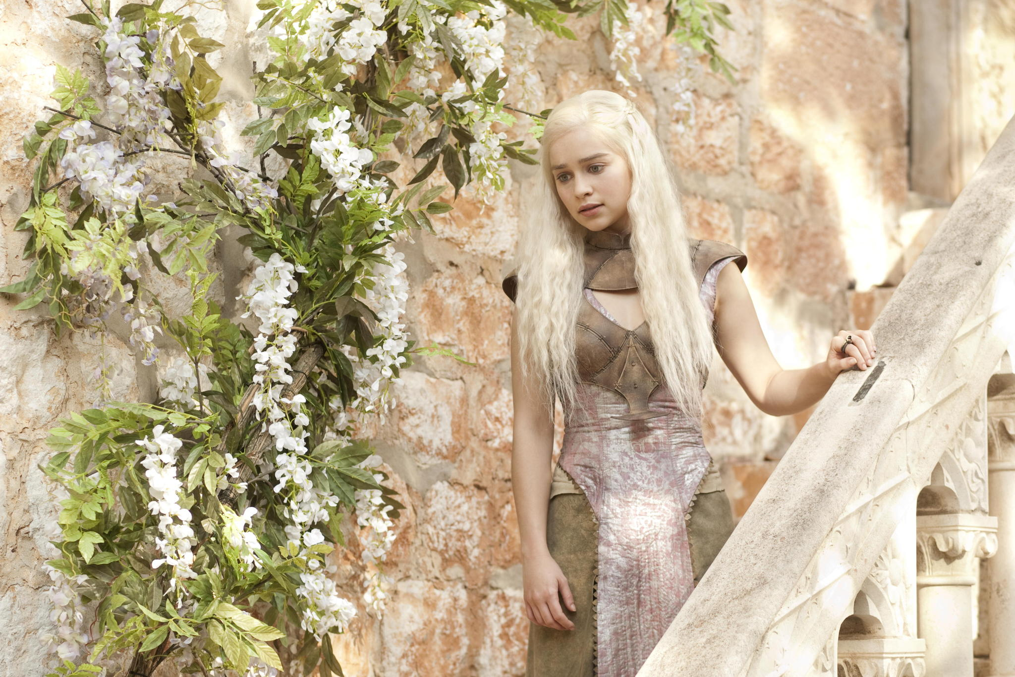Emilia Clarke Chocolate Hair Colors for Winter Lovely dos