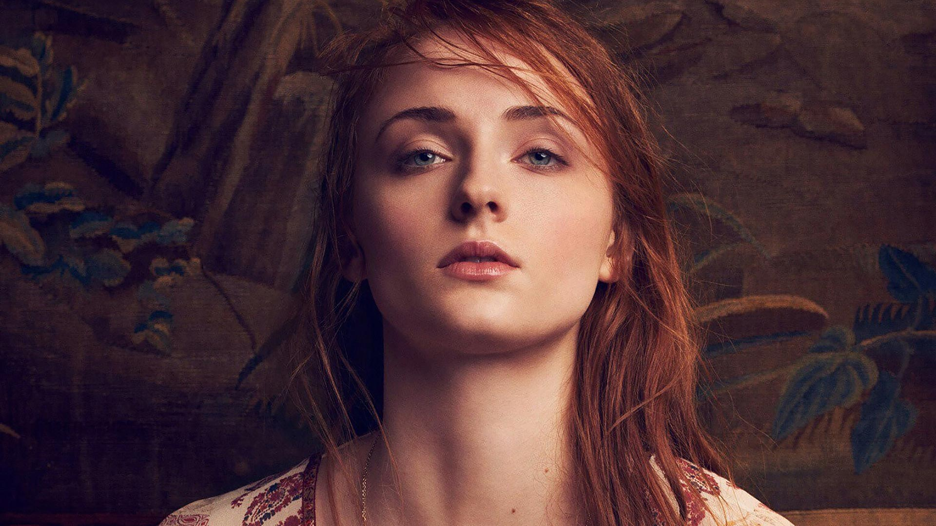 Sophie Turner Theme for Windows 10 | 8 | 7