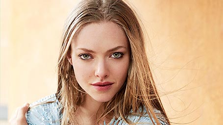 seyfried-background